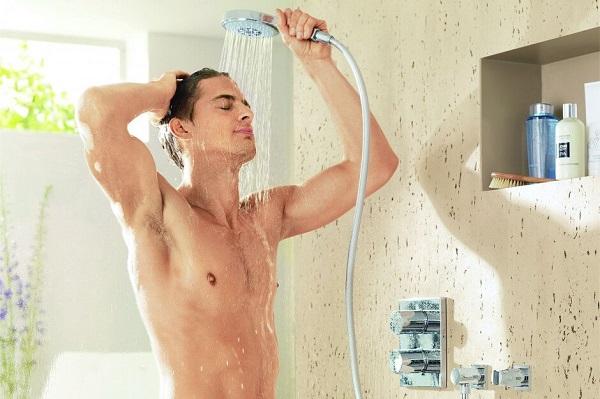 vô sinh vì tắm nước nóng